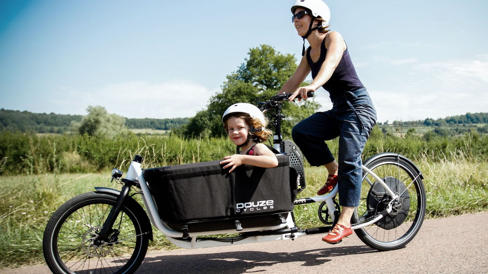 DOUZE-Cycles_FAMILY-slider.jpg